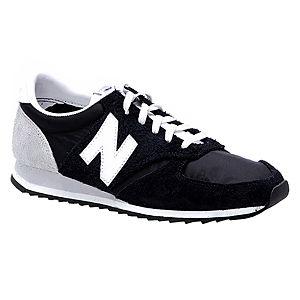 New Balance Siyah Süet Spor Ayakkabı