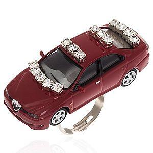 Deryasal Takıntılar     Çok Taşlı Kırmızı Araba Takıntısı Yüzük