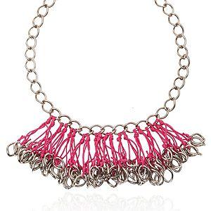 Chain Reaction    Pembe Chain String Blossom Kolye