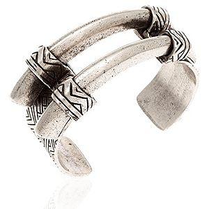 House of Harlow 1960    Engraved Horn Bilezik