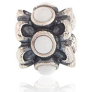 Pandora    Beyaz Agate Taşlı Charm