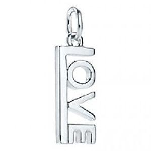 Tiffany & Co.     Silver Love Kolye Ucu