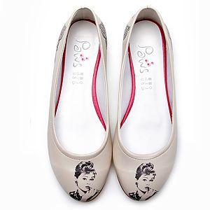 Cute Paws Audrey Hepburn