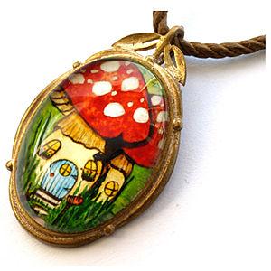 Mainili Mushroom Fairy House Bronze Art Pendant