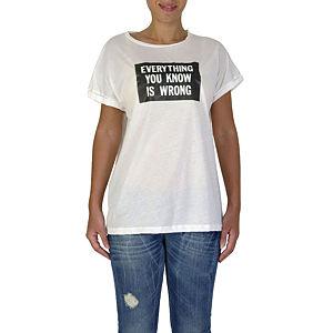İrem Yıldırım Know Wrong T-Shirt