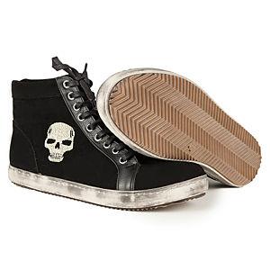İrem Yıldırım Skull Convers