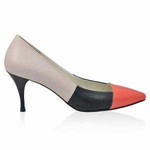 LeSille Siyah & Pudra Deri Yavru Ağızı Rugan  Patchwork Sivri Burun Ayakkabı