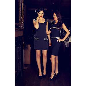 Berna Ulutaş Swarovski / Beyaz Mercan İşli Siyah Elbise