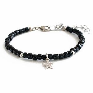 2bTrendy Siyah Yıldız Figürlü Bileklik