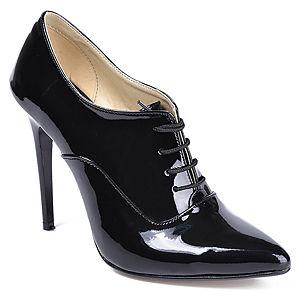 Mecrea Shoes Rugan, İnce Topuk Bağcıklı Sivri Burun Bootie